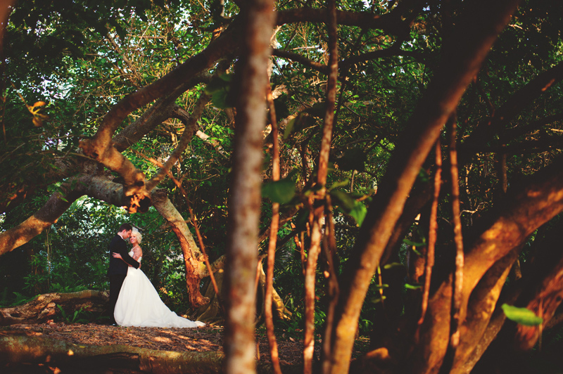 modern-vintage-selby-gardens-wedding-jason-mize-095