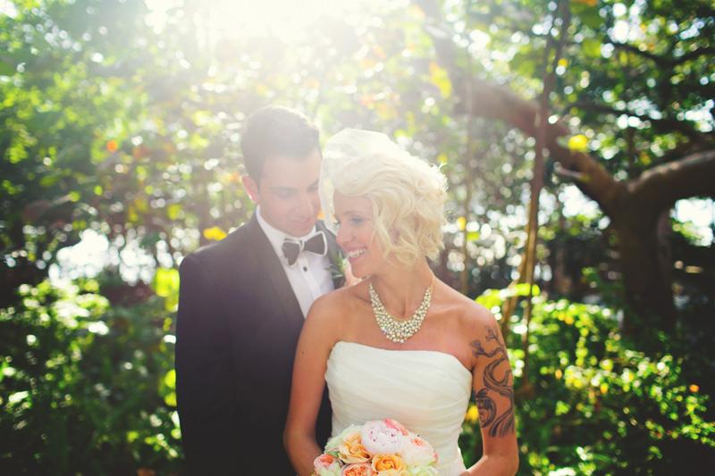 modern-vintage-selby-gardens-wedding-jason-mize-098