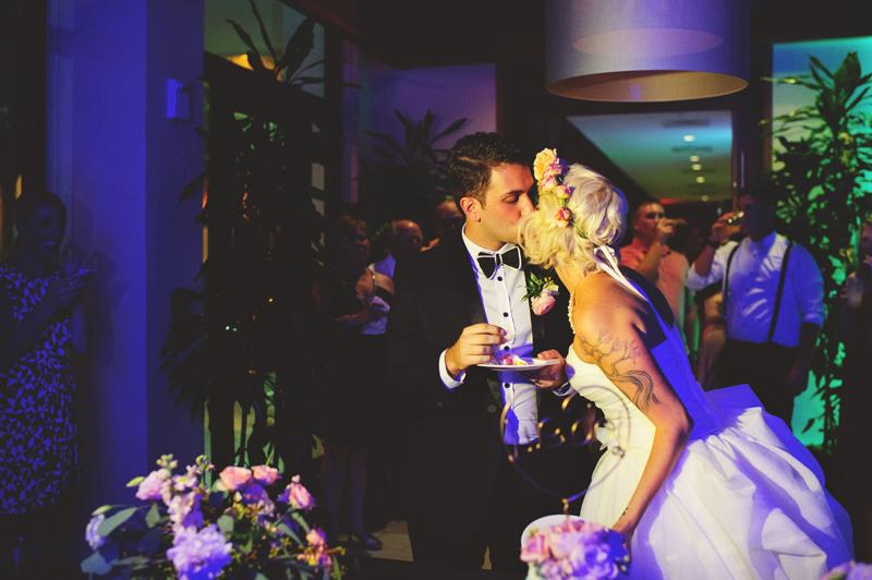 modern-vintage-selby-gardens-wedding-jason-mize-141
