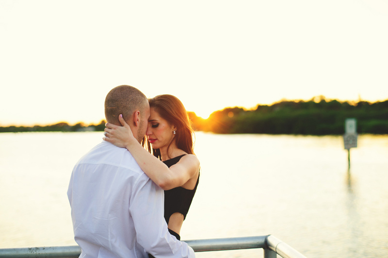 romantic-safety-harbour-engagement-photos-030