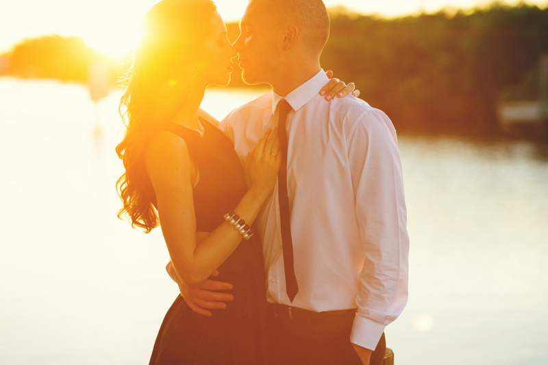 romantic-safety-harbour-engagement-photos-033