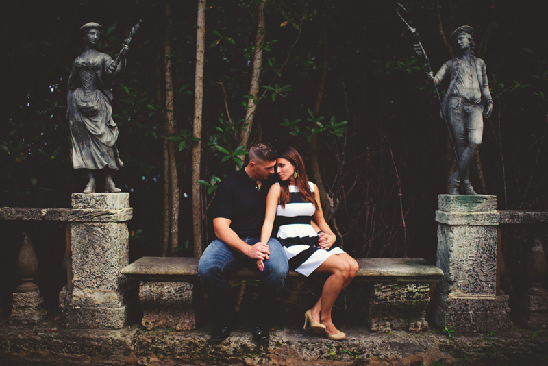 vizcaya museum engagement: romantic photos