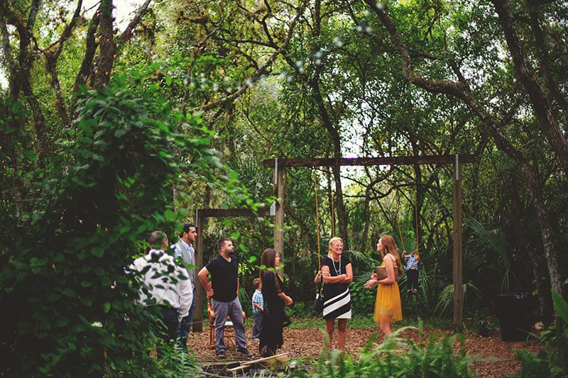 naples-backyard-wedding-photos-034.jpg