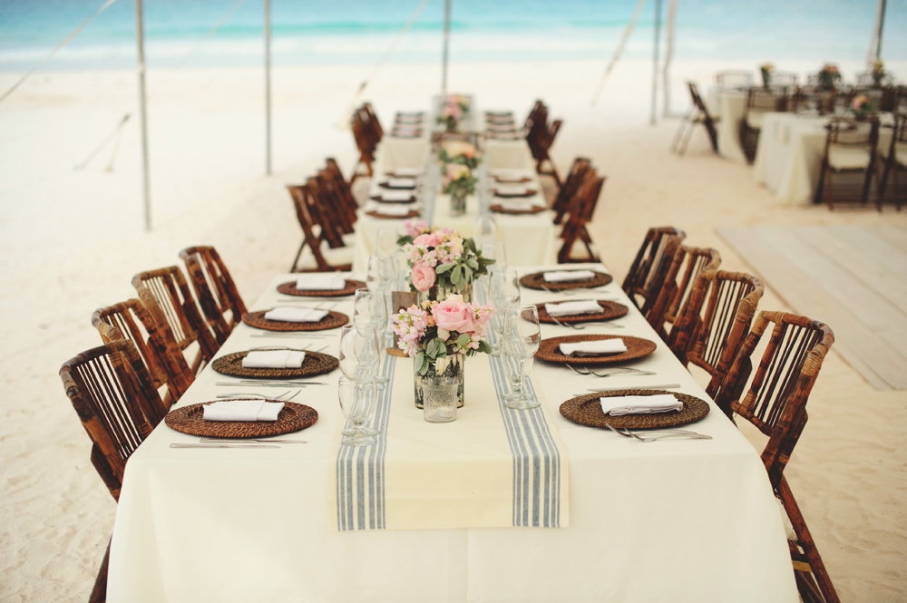 harbour island wedding decor table
