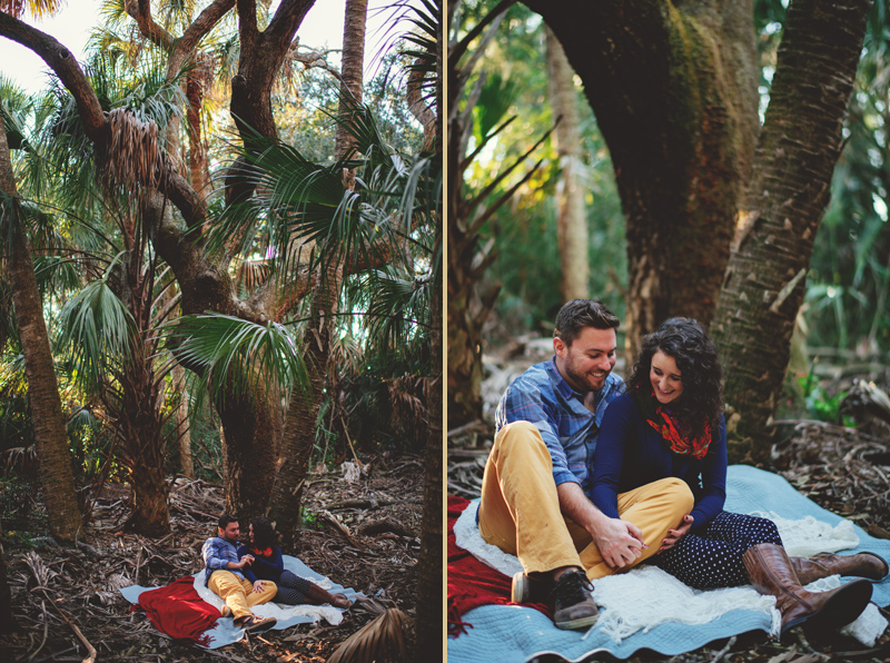 romantic-florida-river-engagement-photos-004.jpg