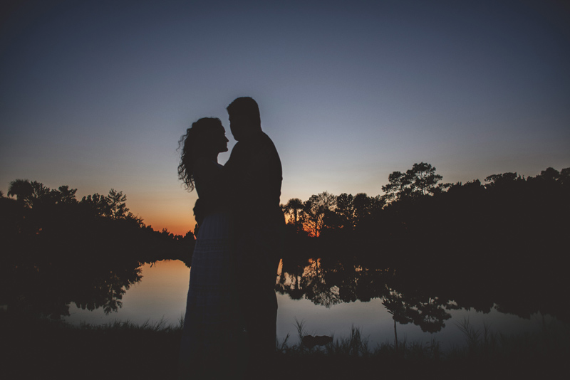romantic-florida-river-engagement-photos-051.jpg
