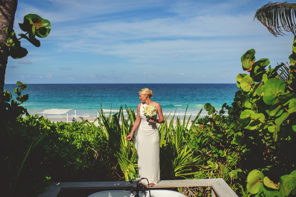 ocean view club wedding : bride