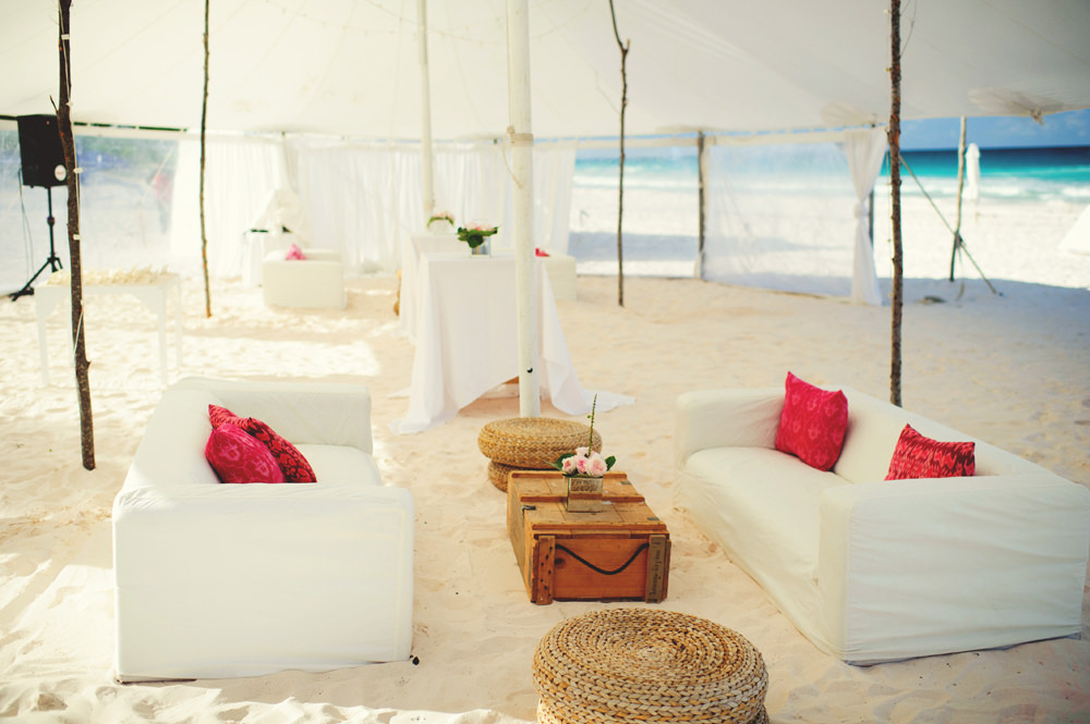 ocean view club wedding : tent with seating