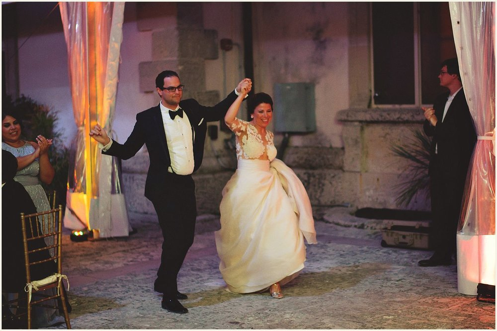 vizcaya-museum-romantic-wedding-_0124.jpg