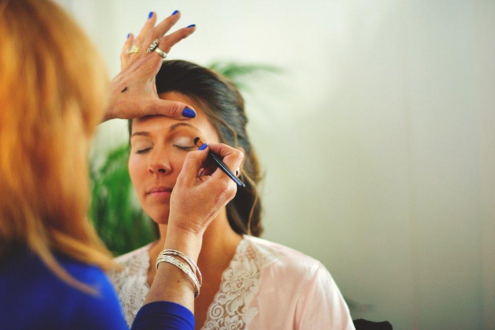 pierre's restaurant wedding: brides makeup