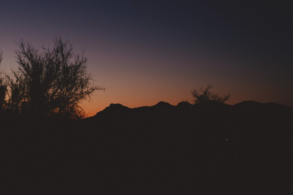 superstition-mountains-desert-engagement-photos-0038.jpg