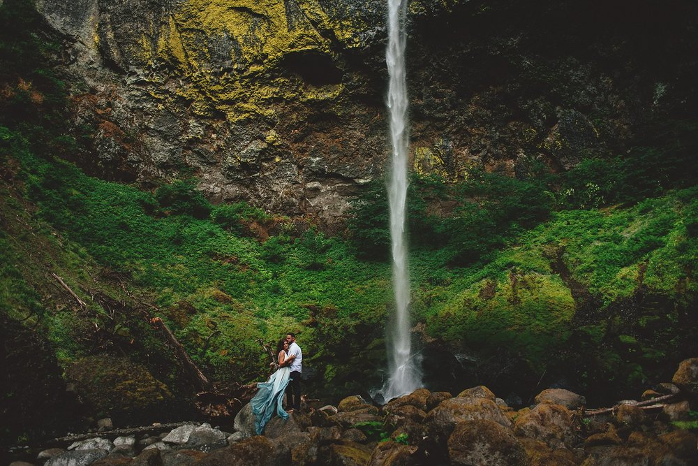 elowah-falls-columbia-river-gorge-engagement-photos-0043.JPG