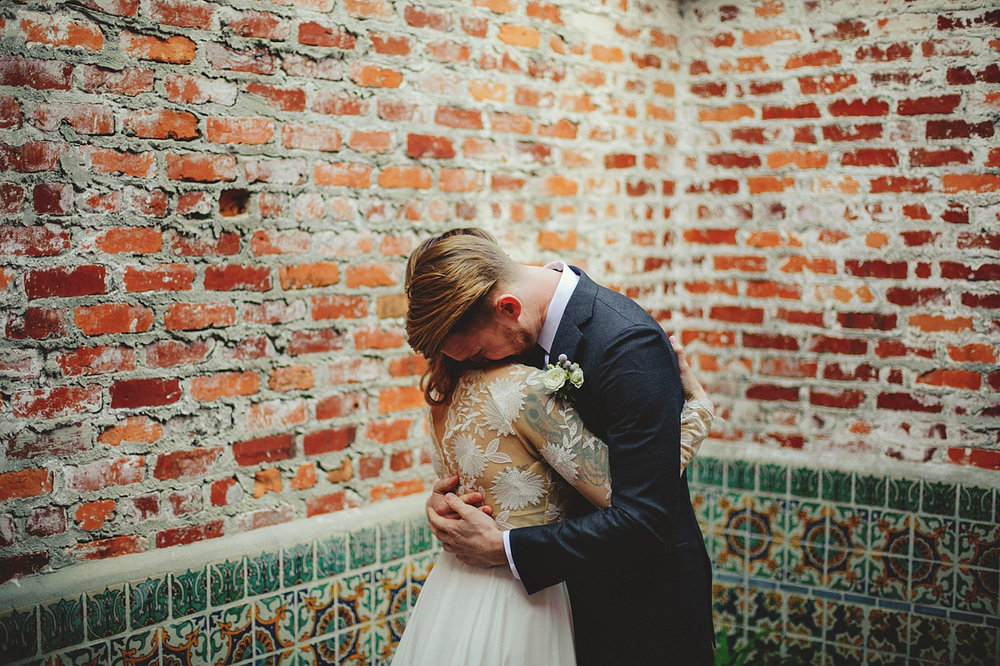 casa feliz wedding photos: grooms reaction