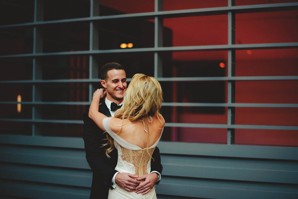 romantic-w-fort-lauderdale-wedding: grooms happy face