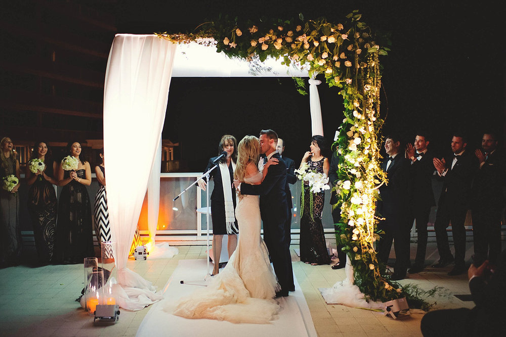 romantic-w-fort-lauderdale-wedding: first kiss