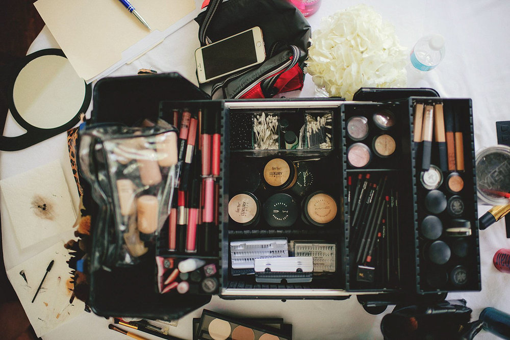 knowles memorial chapel wedding: makeup