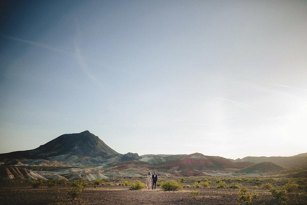 neon museum graveyard - desert wedding