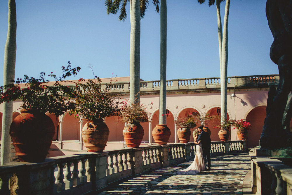 editorial ringling wedding: in the courtyard