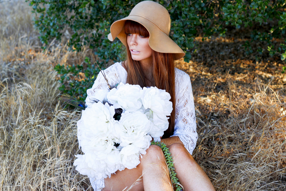 emilynnrose_chloe_flower6.jpg