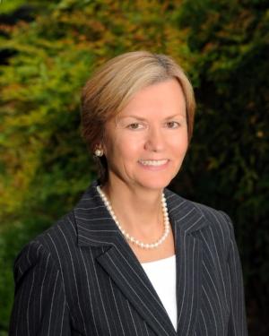 Zuzana Lorinc, MA, CEC Business Administrator