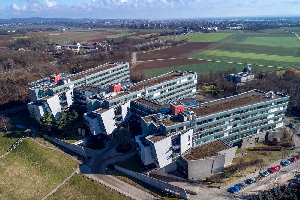 R+V Versicherung Wiesbaden, Luftaufnahme Gebäudeansicht