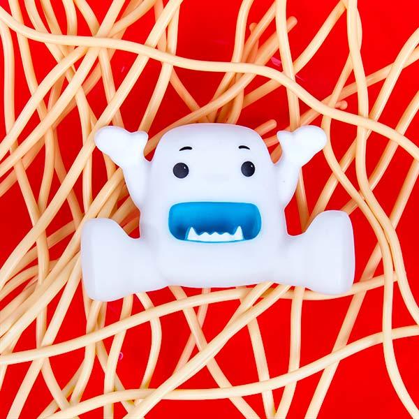 Yeti-in-my-Spaghetti-close-up-web.jpg