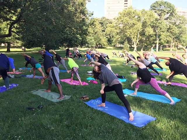 Hey Hartford! It's MONDAY! 🌲🌲🌲🌲 Come to Bushnell Park tonight at 5:30 for yoga with X...stay for free jazz after too!  Can't think of a better way to start your week!  Visit vasutribe.com for more information 💚🌲💚🌲
