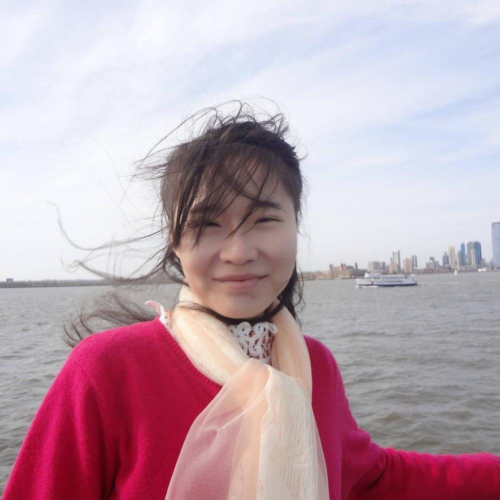Jiade Huang Headshot