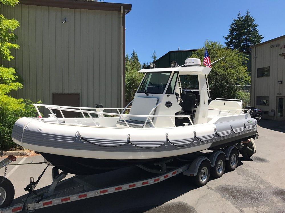 23FT Inboard Diesel Tender