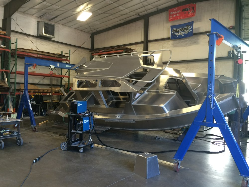 Hull Weldout on a 27ft Full Cabin