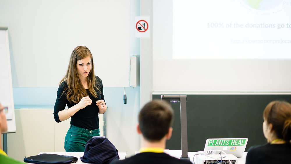 Lisa is pitching Slow Motion Projects to startup founders and innovators at the Basel StartupCamp