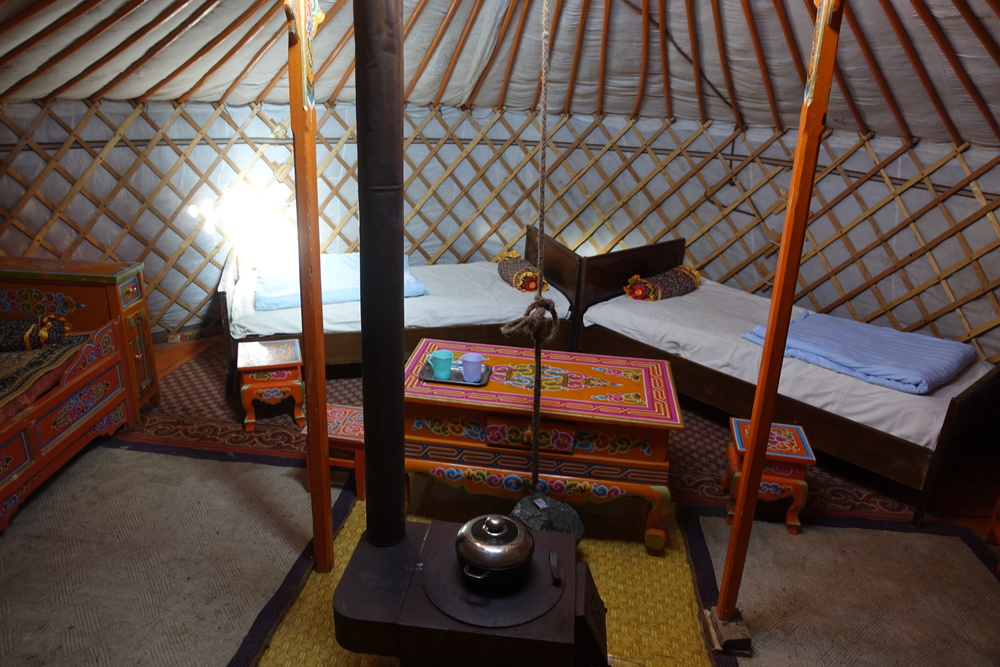 Gers built for tourists are often decorated with taste and equipped with comfortable beds. Meals can be prepared directly on the central stove, which also brings warmth for the night.
