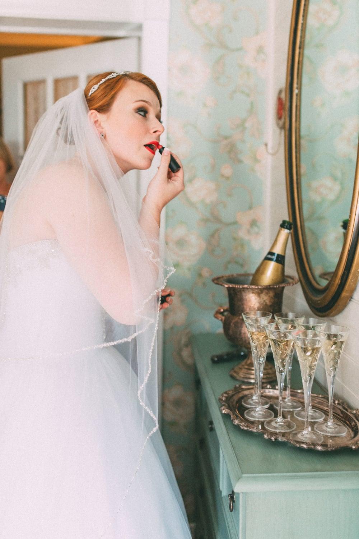 Up The Creek Farms, Palm Bay, Brevard County FL Wedding, bridal suite, bride makeup, getting ready, veil photo