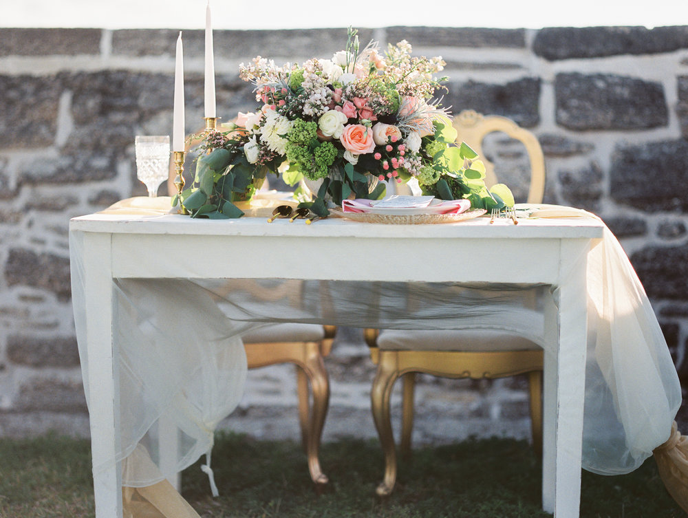 St. augustine, castillo de san marcos styled wedding bridal photo, table with floral centerpiece