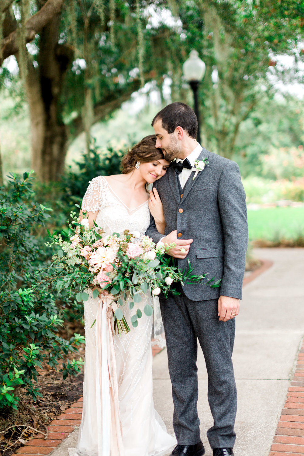 cypress grove estate house, orlando florida wedding photo shoot, bride and groom