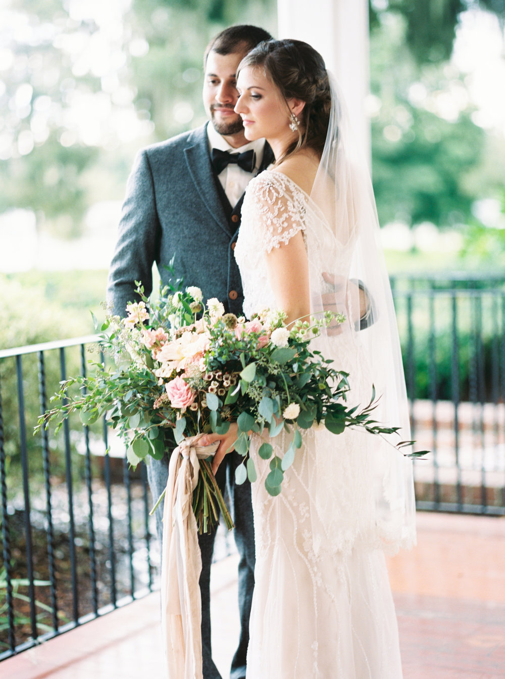 cypress grove estate house orlando florida wedding photos bride and groom