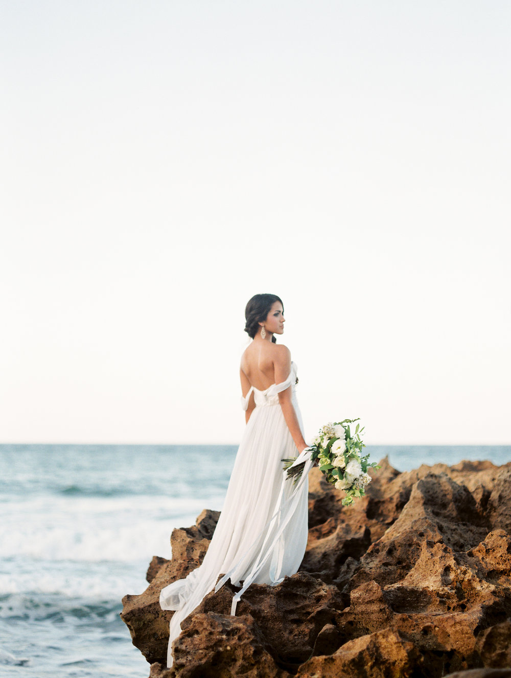 coral cove, jupiter beach FL, palm beach wedding photos, bridal portraits