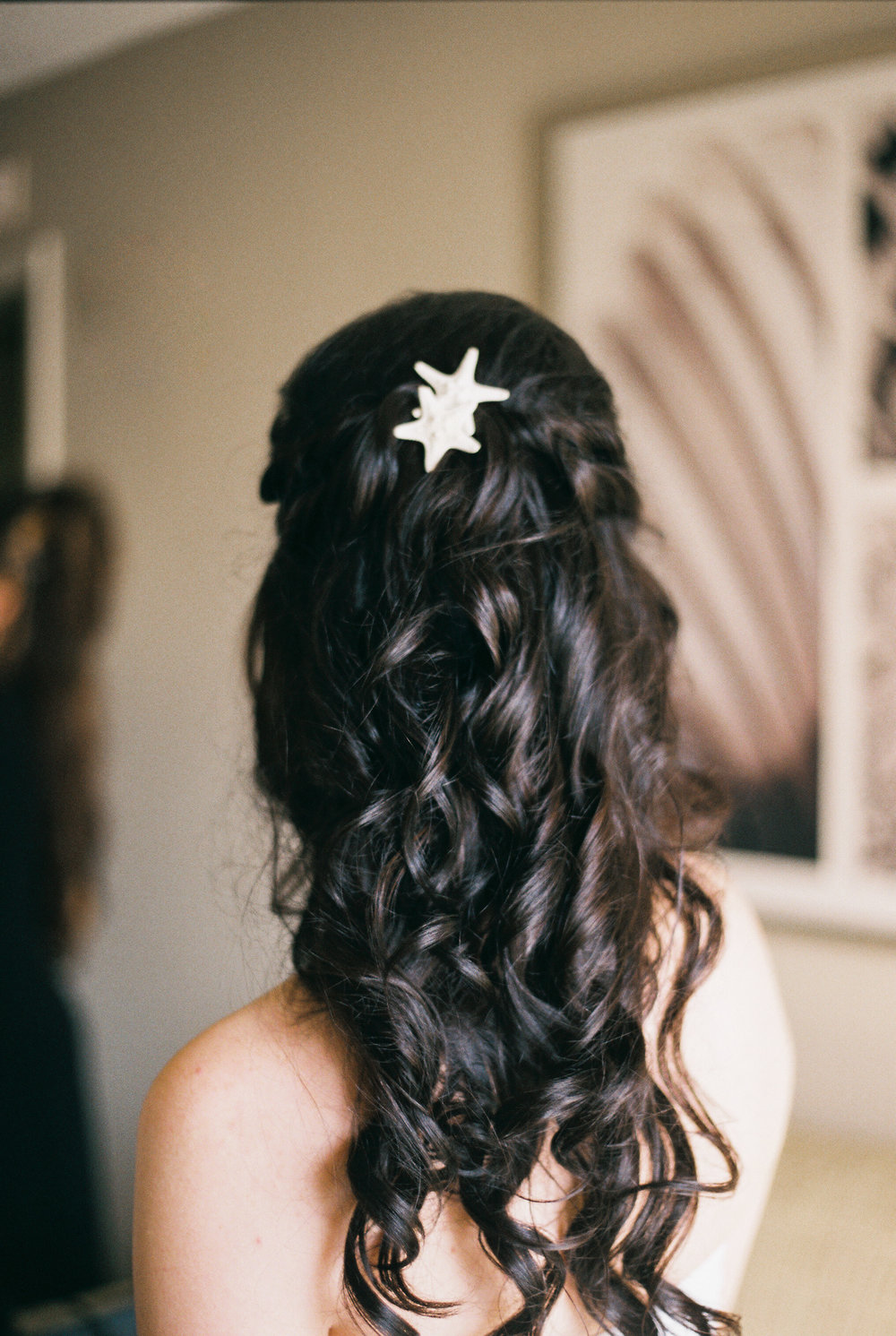 lake-mary-events-center-Florida-wedding-photos-bridesmaid-hair