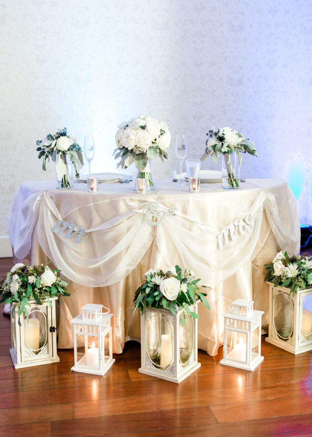 lake-mary-events-center-Florida-wedding-photos-reception-sweetheart-table