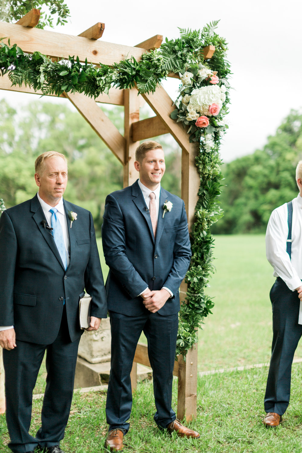sydonie mansion mount dora orlando fl wedding photos groom reaction