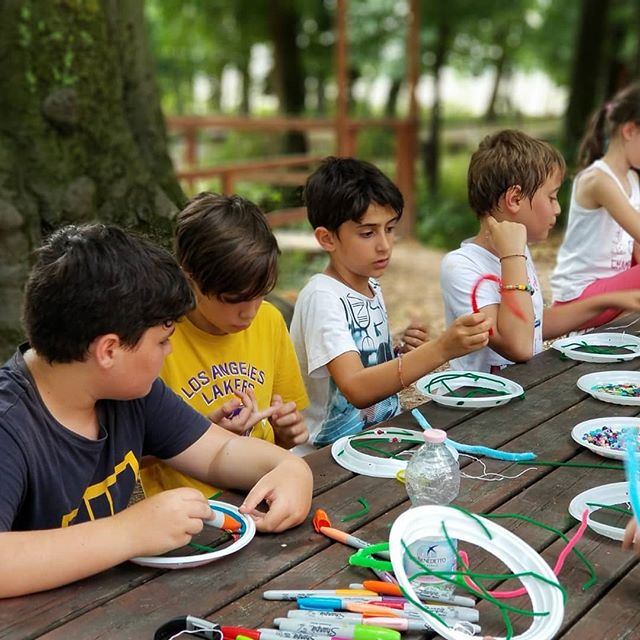 Who said art was girly? Our boys had fun making dream catchers today. #ultimateXchange #americanenglishFUNcamp #englishinaction