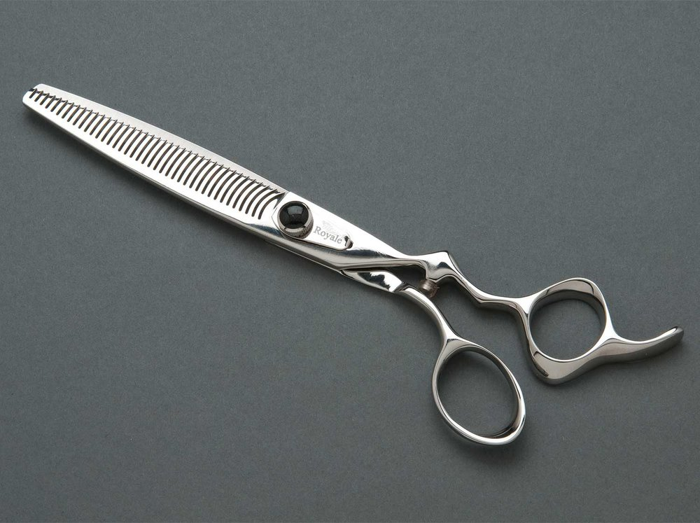 Dog grooming shears for groomers and breeders