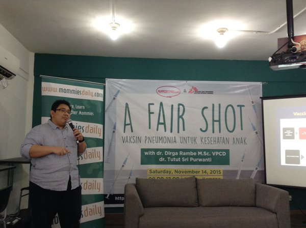 Bloggers in the Philippines host a workshop on A Fair Shot