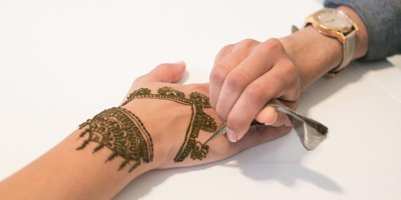 henna_nite.jpg