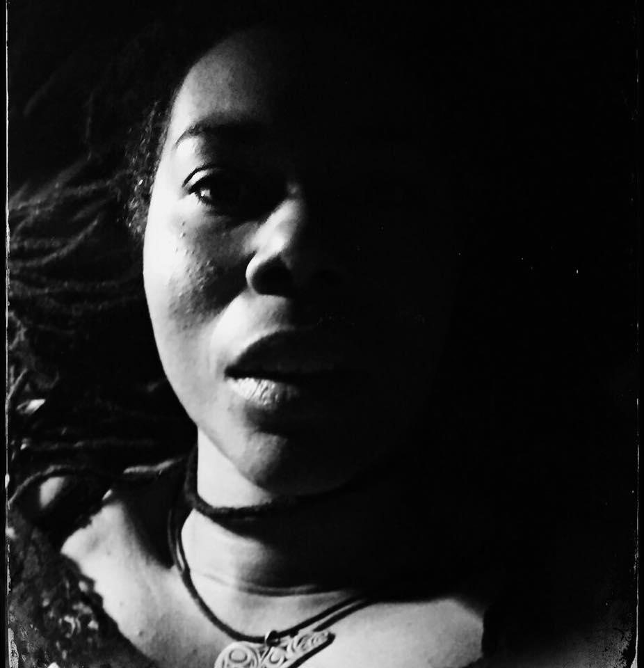 shereeangelamatthews_shadow_07.jpg