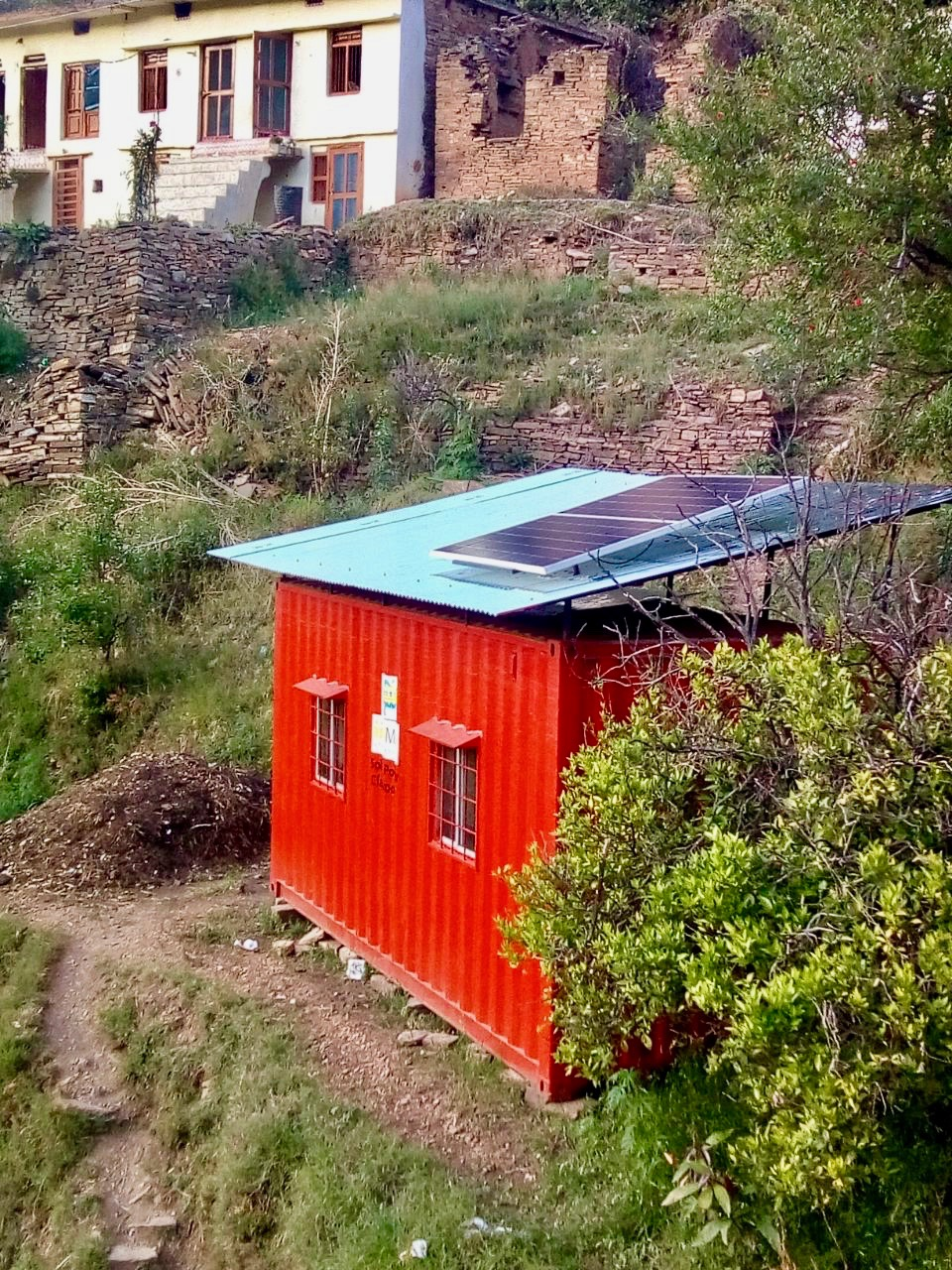 Solar Power Classroom India.jpg