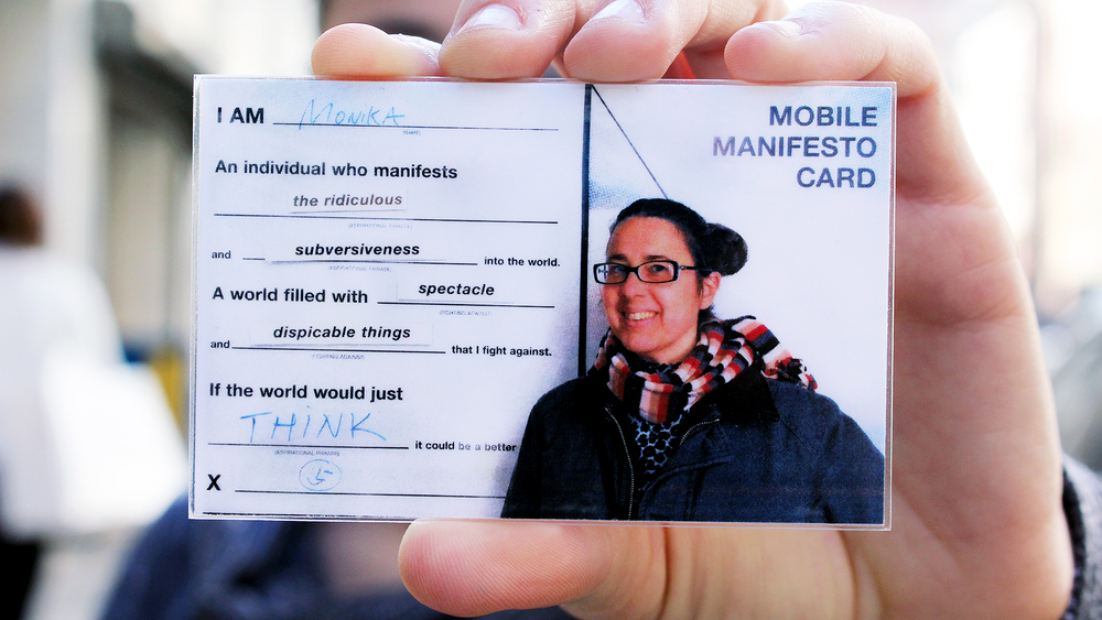 woman_idcard_spectacle.jpg