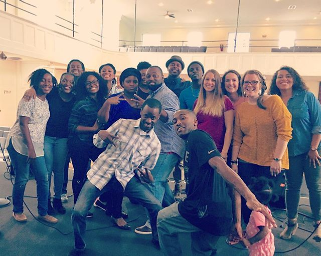 @🎤Blueprint choir this morning!!! 🙌🏻🙌🏻🙌🏽🙌🏾🙌🏿 So much fun! #choir #worship # @blueprintchurch