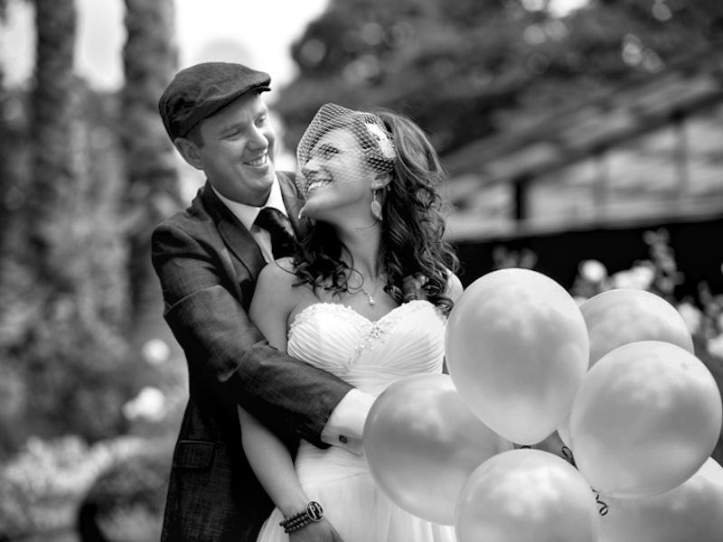 wedding_with_ballons.jpg