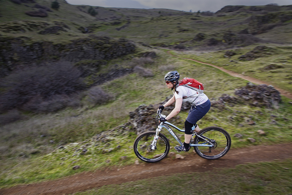 Syncline Sarah Downhill 2.jpg